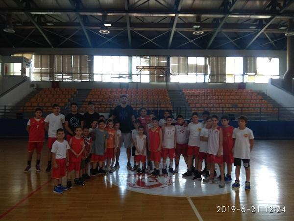 Επίσκεψη του Κώττα Θωμά στο 5o Athinaikos Basketball Summer Camp